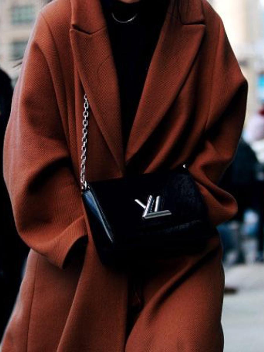 яркое пальто