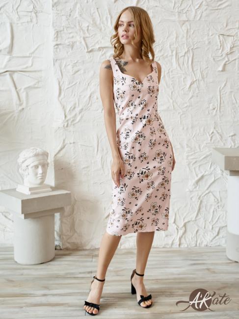 Платье футляр розовое