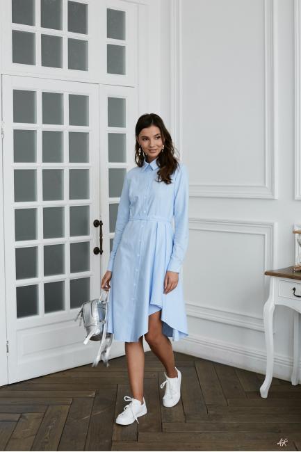 Платье-рубашка с воланом голубое