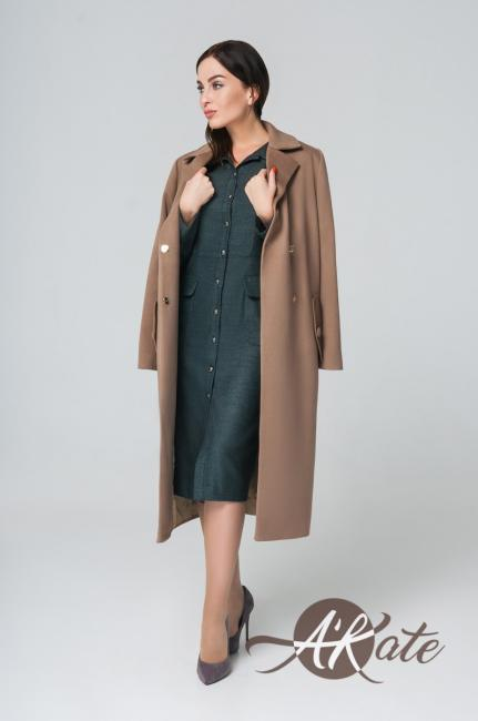 Пальто из шерсти бежевое