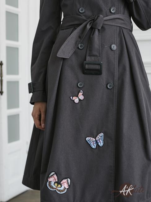 Плащ трапеция серый с бабочками