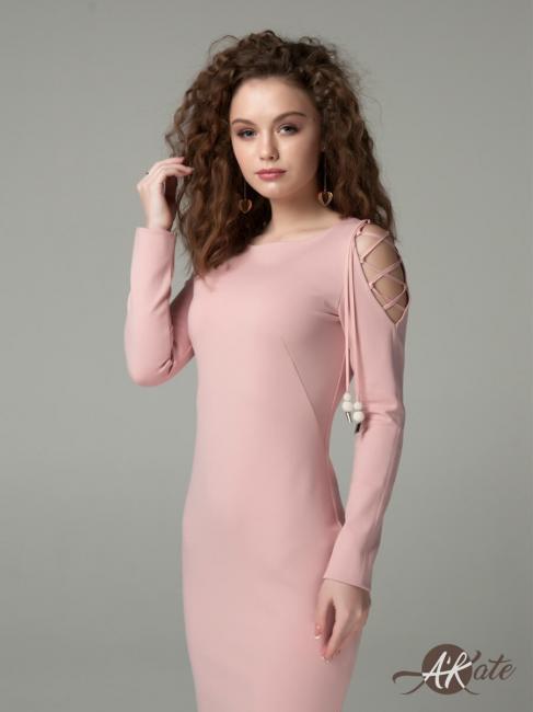 Платье футляр со шнуровкой на плече