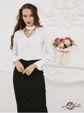 Блузка с завязками на шее Оптом