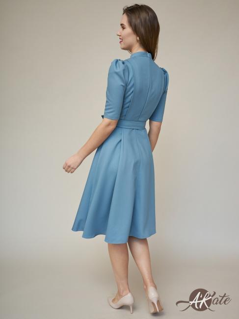 Платье с пышной юбкой и поясом