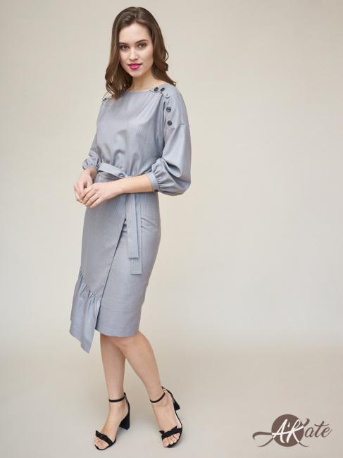 Платье со спущенным рукавом
